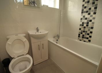 Thumbnail 1 bed property to rent in Gladstone Mews, London