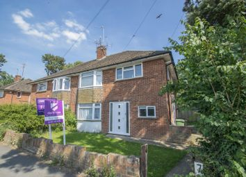 Thumbnail 2 bed flat for sale in The Maisonettes, Goring, Reading
