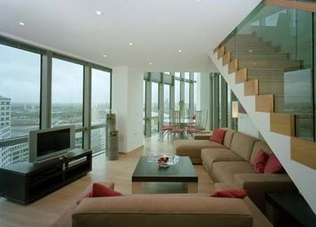 Thumbnail 3 bed flat to rent in No 1 West India Quay, 26 Hertsmere Road, Docklands