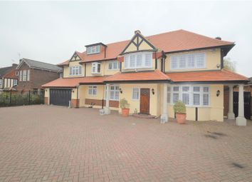 Thumbnail 5 bedroom detached house to rent in Hainault Road, Chigwell