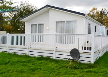 Thumbnail 2 bedroom mobile/park home for sale in Riverview Country Park, Mundole, Forres
