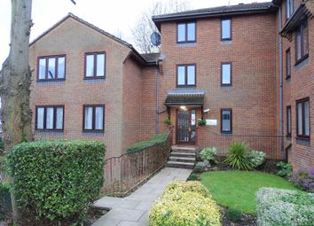 Gloucester Road, New Barnet, Barnet EN5. 1 bed flat for sale