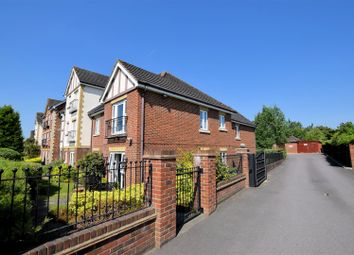 Thumbnail 2 bed flat for sale in Bath Road, Calcot, Reading