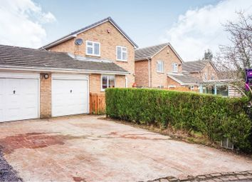 Thumbnail 4 bed detached house for sale in Mulberry Garth, Leeds