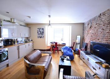 Thumbnail 1 bed flat to rent in Clarence Square, City Centre, Brighton