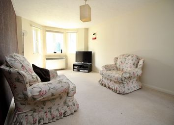 Thumbnail 1 bed flat to rent in St Thomas Walk, Slough