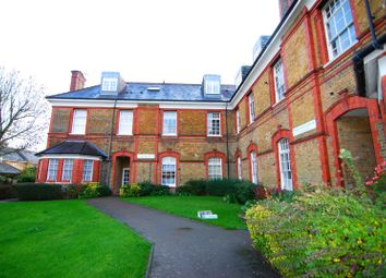 Thumbnail 1 bed flat to rent in Tresilian Avenue, Winchmore Hill, London