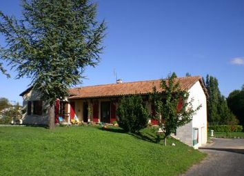 Thumbnail 5 bed cottage for sale in Villefagnan, Charente, France