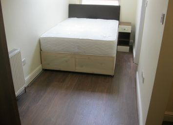 Thumbnail Studio to rent in Very Near Creffield Road Area, Ealing Common
