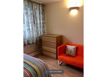 3 bed maisonette to rent in Tawny Way, London SE16