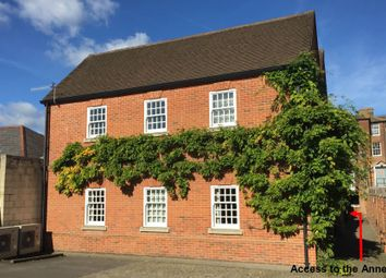 Office to let in The Annexe, Saxon House, 28 Castle Street, Guildford, Surrey, 3Uw GU1