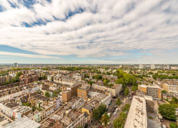 2 bed maisonette to rent in Campden Hill Towers, Notting Hill Gate, London W11
