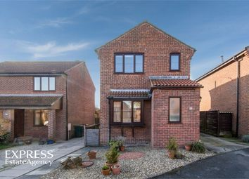Thumbnail 3 bed detached house for sale in Feversham Drive, Kirkbymoorside, York