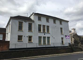 Thumbnail 2 bed flat to rent in Castle Lane, Southampton
