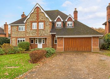 Thumbnail 5 bedroom detached house to rent in Foxborough Court, Maidenhead