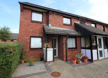 Thumbnail 2 bed flat for sale in Fairehaven, Egham
