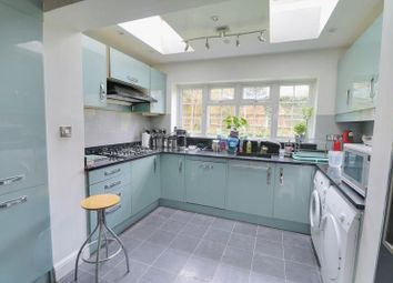 Thumbnail 4 bed detached house to rent in The Vale, Coulsdon