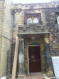 Thumbnail 4 bedroom flat to rent in Queenswood Gardens, Headingley, Leeds