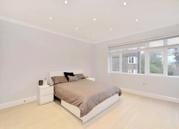 Thumbnail 3 bedroom flat to rent in Avenue Close, Avenue Road, St Johns Wood, London