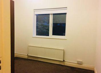 Thumbnail 2 bedroom flat to rent in Windsor Rd, Willesden