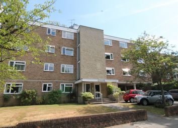 Thumbnail 4 bed flat to rent in Lovelace Road, Surbiton