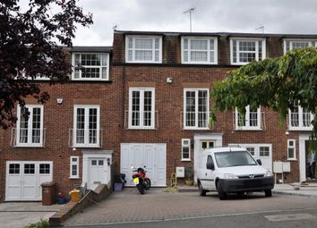 Thumbnail 4 bed town house to rent in Newstead Way, London