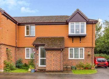 Finch Close, Tadley, Hampshire RG26. 2 bed maisonette