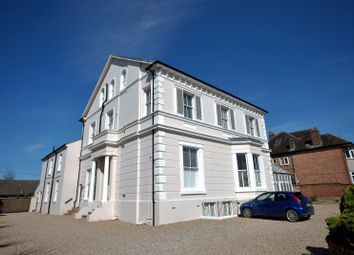 Thumbnail 1 bed flat to rent in 54, Warwick Place, Leamington Spa