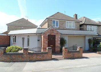 Thumbnail 3 bed detached house for sale in Lyncroft Avenue, Ripley