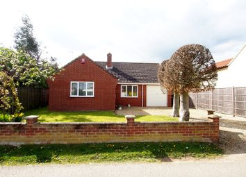 Thumbnail 3 bed detached bungalow to rent in High Street, Wicklewood, Wymondham