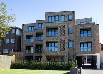 Thumbnail 3 bed flat for sale in Golders Green Road, London