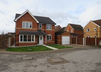 Thumbnail 4 bedroom detached house for sale in Middlefield Close, Dunscroft, Doncaster