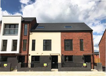 Thumbnail 3 bed town house to rent in Woodfield Way, Balby, Doncaster