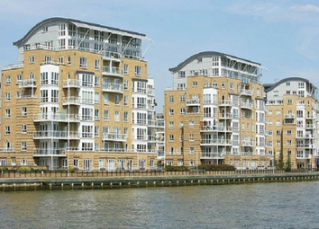 Thumbnail 3 bed shared accommodation to rent in St Davids Square, Docklands