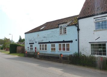 Thumbnail 4 bed flat to rent in Post Office Barn, Wisbech Road, Walpole St Andrew