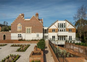 Thumbnail 3 bed flat for sale in Scholars Place, South Park Drive, Gerrards Cross, Buckinghamshire