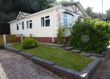 Lower Lodge Park, Rugeley Road, Armitage, Staffordshire WS15. 2 bed mobile/park home