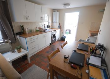 Thumbnail 2 bed flat to rent in Avenue Road, Acton