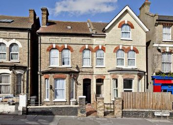 Flat, South Norwood Hill, London SE25. 3 bed flat for sale