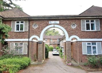 Thumbnail 2 bed flat to rent in High Trees, 1071 High Road, Whetstone, London
