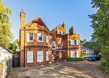 Thumbnail 2 bed flat to rent in Ditton Road, Surbiton