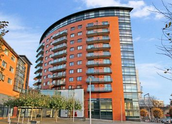 Thumbnail 2 bedroom flat for sale in Kings Tower, Marconi Plaza, Chelmsford, Essex