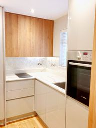 Thumbnail 1 bed flat to rent in Chesham St, Belgravia