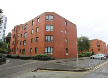 Thumbnail 1 bed flat to rent in New City Road, Glasgow