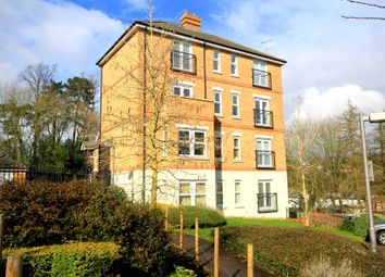 Thumbnail 3 bed flat for sale in Adrian Close, Hemel Hempstead