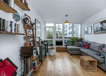 2 bed maisonette for sale in Yates House, Roberta Street, London E2