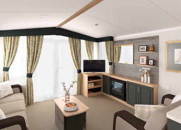 Thumbnail 2 bed mobile/park home for sale in Warwick Road, Stratford-Upon-Avon