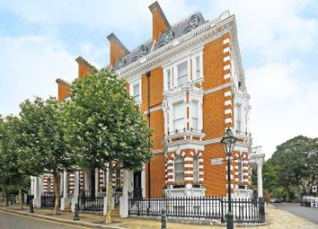 Thumbnail 2 bed maisonette for sale in Observatory Gardens, Kensington