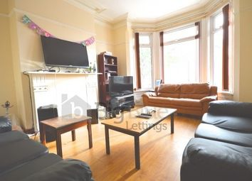 Thumbnail 6 bed terraced house to rent in Chestnut Avenue, Hyde Park, Six Bed, Leeds