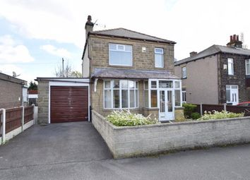 Thumbnail 3 bed detached house for sale in Peckover Drive, Pudsey, West Yorkshire
